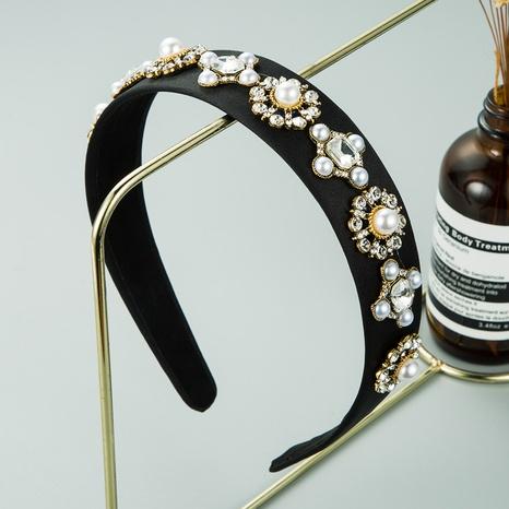 Schwarzes Stoffblumenlegierung im Barockstil mit eingelegtem Perlenstirnband NHLN309340's discount tags