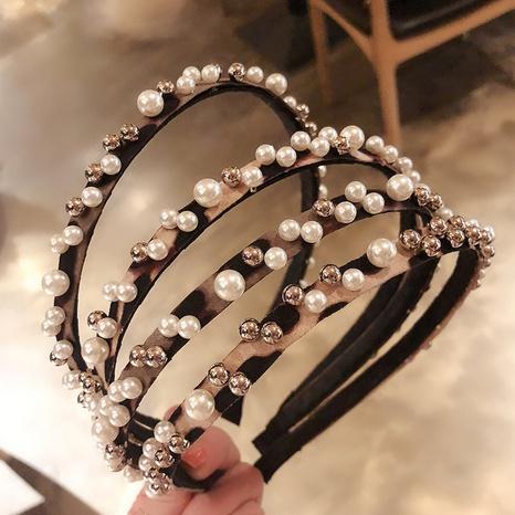 diadema de perlas de moda simple NHAQ309809's discount tags
