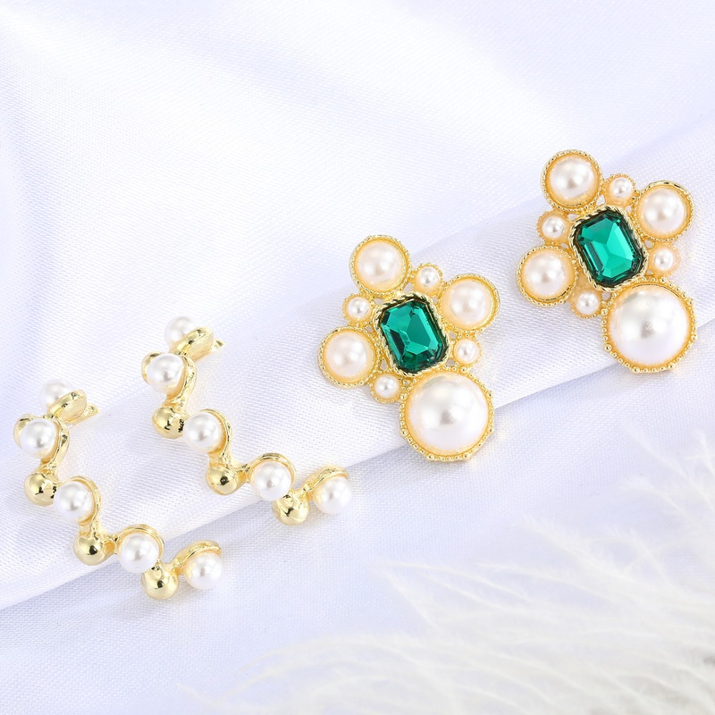 fashion retro green crystal earrings  NHGO310271