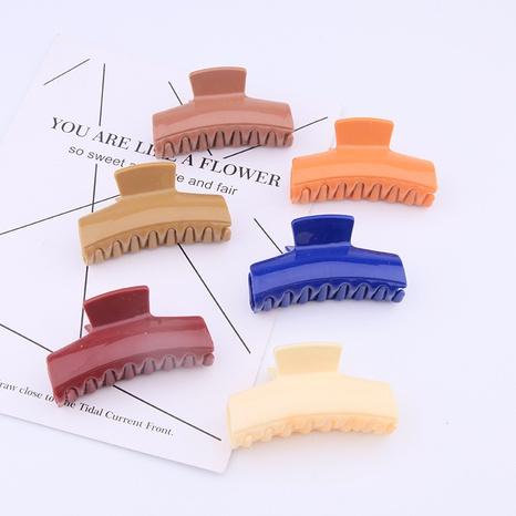 Clip de capture coréen de couleur unie NHBE313191's discount tags