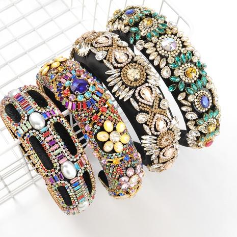 Diamantbesetztes Blumen-Breitschwamm-Stirnband aus Aluminium NHJE313227's discount tags