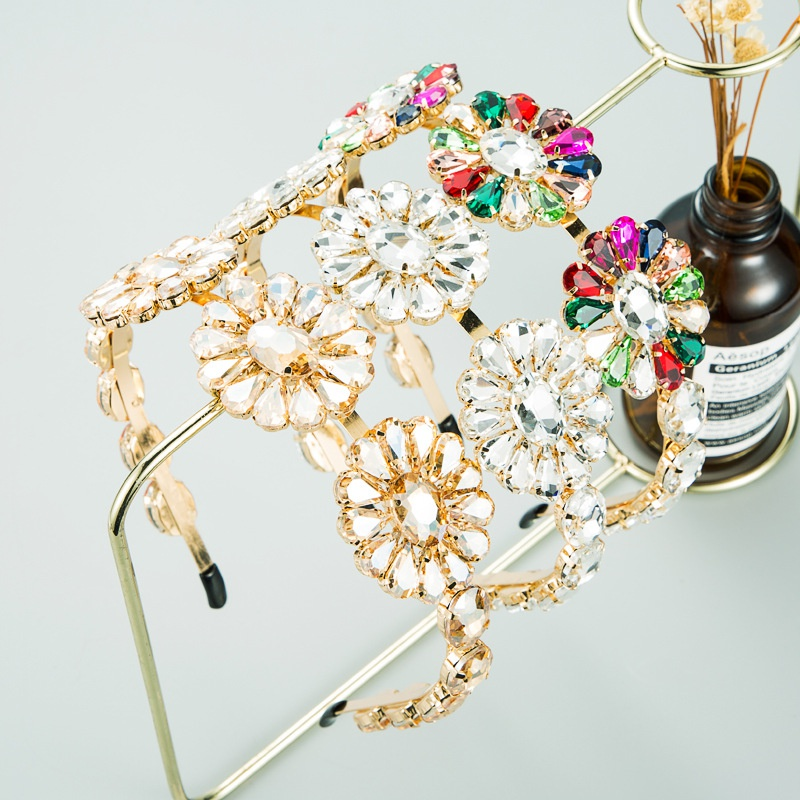 new fashion exaggerated metal inlaid glass diamond flower headband  NHLN303082