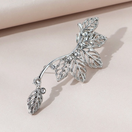 Korean creative fashion leaf unilateral earrings NHPS303273's discount tags
