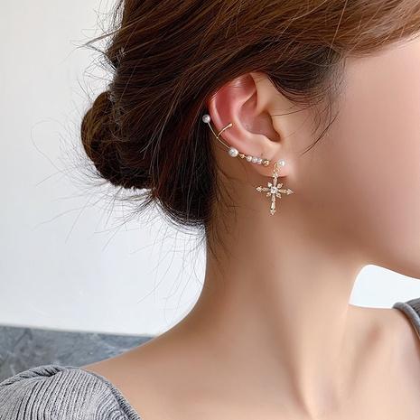 Integrierter Ohrknochenclip mit koreanischer Zirkonkreuzperle NHMS303802's discount tags