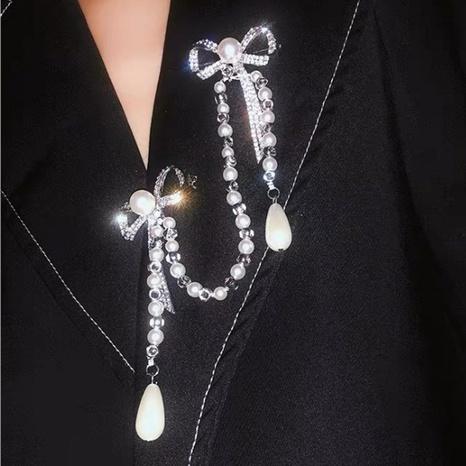 broche en chaîne de perles NHNT303960's discount tags