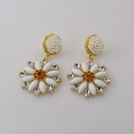 Baroque pearl retro earrings  NHNT303965's discount tags