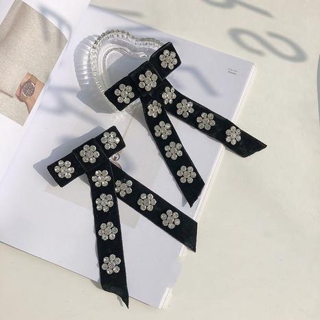 horquilla de terciopelo negro con diamantes de imitación NHSM303600's discount tags