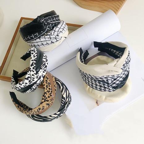 diadema retro de la moda de la costura de la tela del cuero de la PU NHSM303626's discount tags