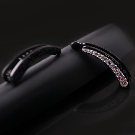 new Korean resin drill banana clip NHBE304708's discount tags