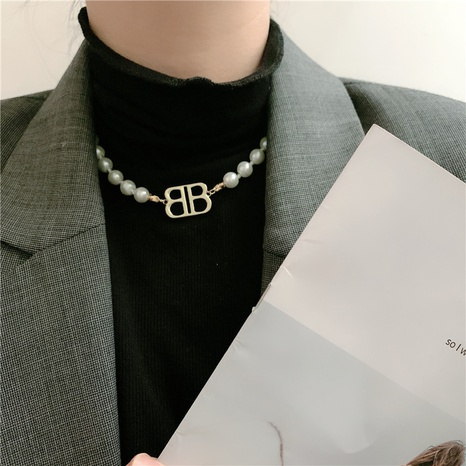 Baroque retro fashion double letter B pearl necklace NHYQ304890's discount tags