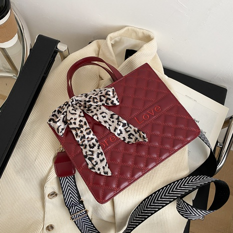 large-capacity fashion shoulder handbag  NHRU305537's discount tags