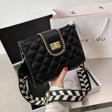 Bolso fashion con bandolera ancha NHTG305662's discount tags