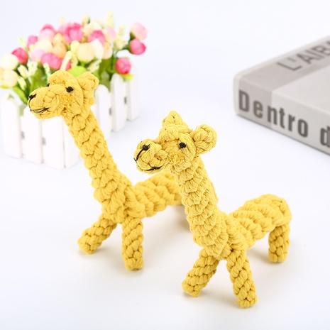 Cuerda de algodón tejida a mano juguete para mascotas jirafa para bajar los dientes del perro cálculo para masticar cuerda de algodón para mascotas juguete al por mayor NHSUJ448940's discount tags