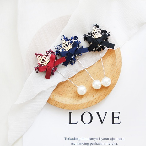 Fashion bow brooch small crown brooch Korean sweater ornaments brooch NHAYP458100's discount tags