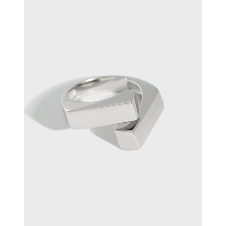 Korean version of ins niche design sense cross-wrong edge texture S925 sterling silver ring female ring NHFH437091's discount tags