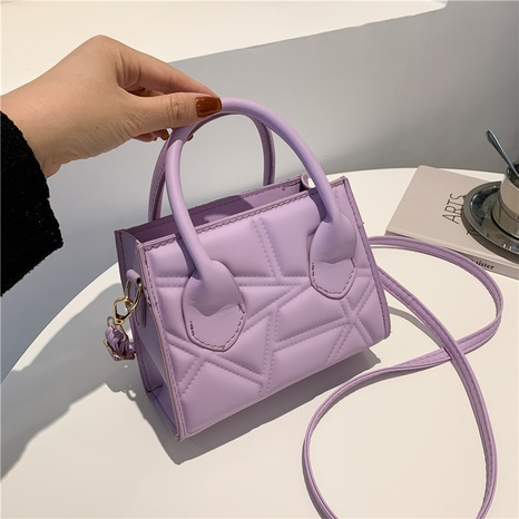 2021 new trendy texture fashion one-shoulder underarm bag retro western style handbag wholesale Nihaojewelry NHRU438660's discount tags