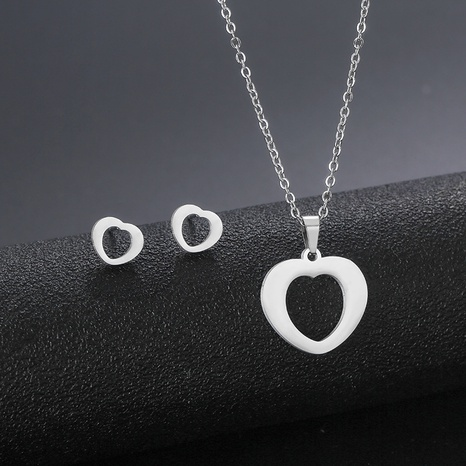 simple trend love necklace earrings set stainless steel foreign trade peach heart clavicle chain accessories NHAC439425's discount tags