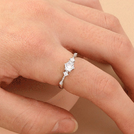 Joyas para mujer Anillo de una sola fila con apertura completa de diamantes anillo ajustable de micro diamante anillo de cola simple NHDB439768's discount tags