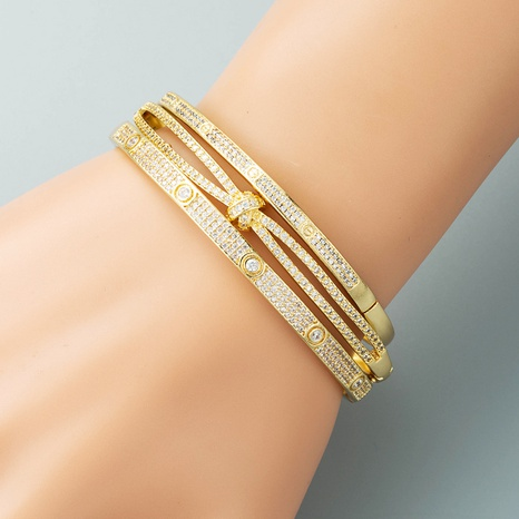 creative personality simple geometric buckle bracelet copper plated real gold micro-inlaid zircon bracelet NHLN440097's discount tags