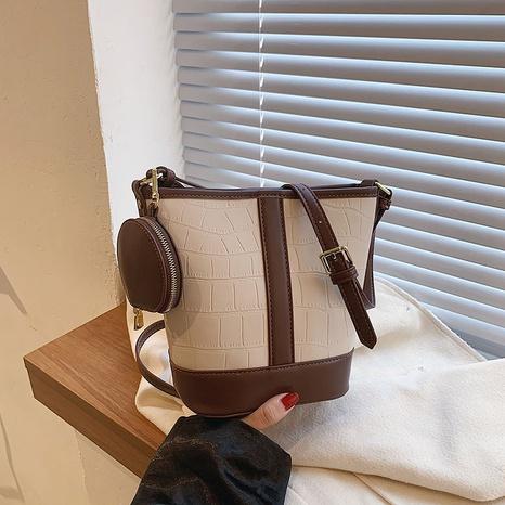 retro one-shoulder messenger bag wild large-capacity simple contrast color bag  NHGA441383's discount tags