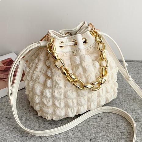 2021 autumn new French niche design messenger bag fashion thick chain bucket bag  NHGA441391's discount tags