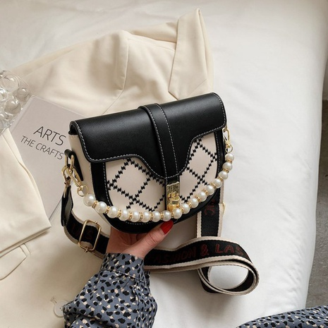 Embroidered saddle fashion pearl small square bag wide shoulder strap messenger bag  NHGA441418's discount tags