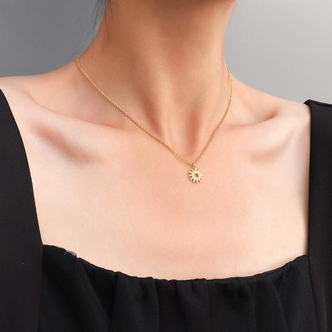 collier rétro petit soleil en acier titane NHOK313664's discount tags