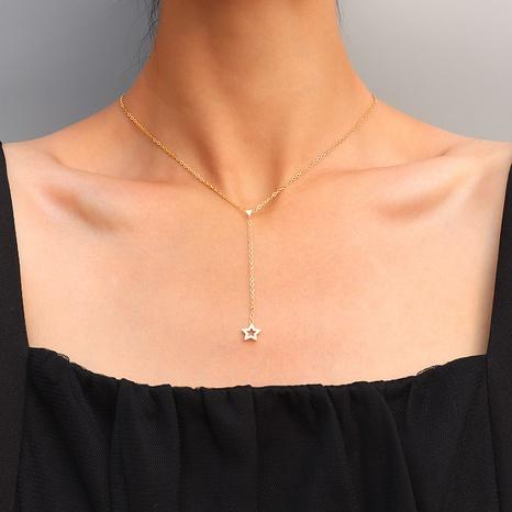 collier étoile à cinq branches en acier titane NHOK313667's discount tags
