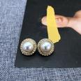 NHOM1452908-Round-circle-diamond-stud-earrings-1.9-cm