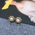 NHOM1452910-Small-snowflake-earrings-1.5-cm