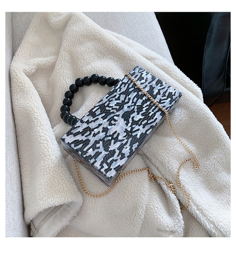 new korean fashion chain portable messenger bag NHJZ316033