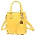 NHLH1453853-yellow