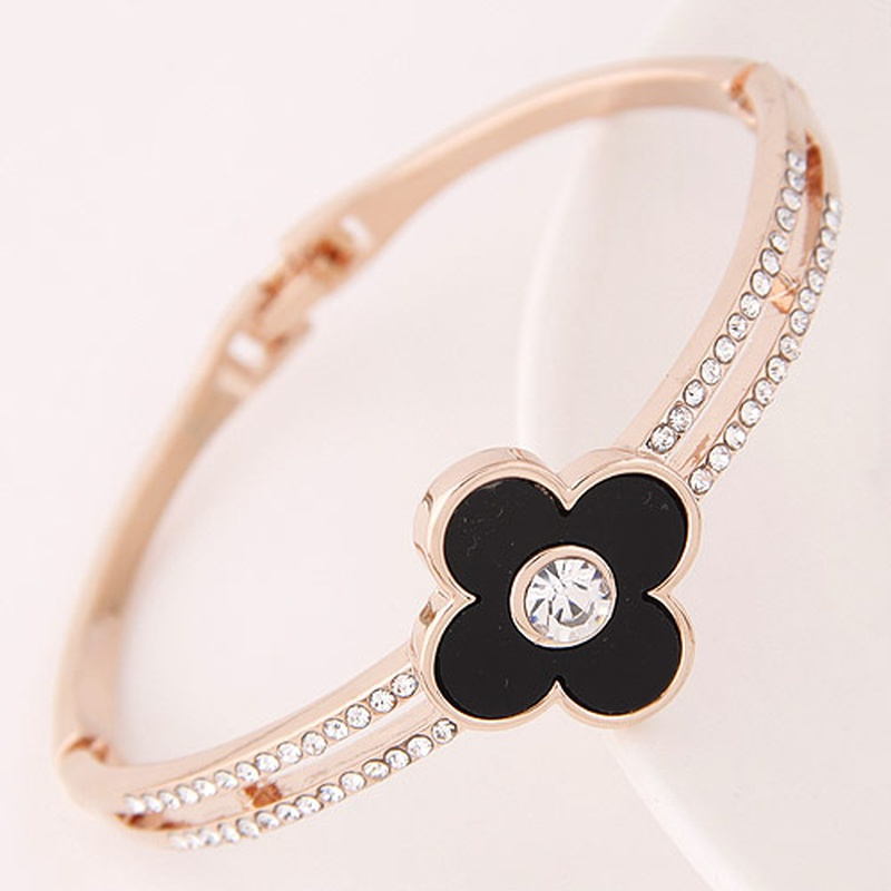 Korean fashion sweet diamond clover bracelet NHSC316238