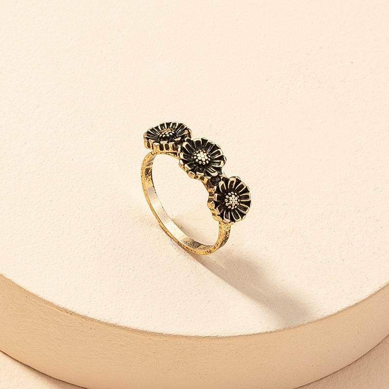 fashion daisy retro ring  NHGU316694
