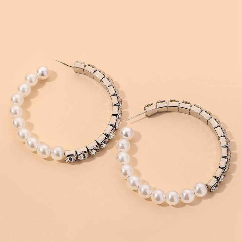 fashion diamondstudded pearl circle earrings NHNJ317349
