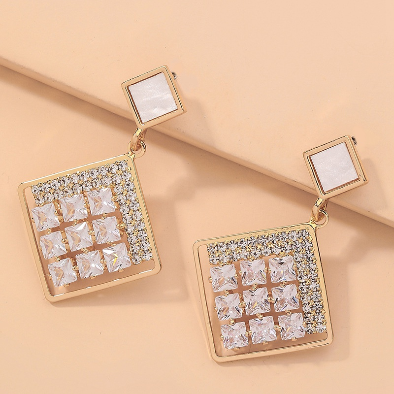diamondstudded fashion exquisite earrings NHNJ317431