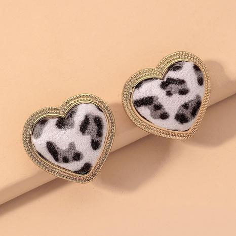 velvet fashion heart earrings NHNJ317504's discount tags