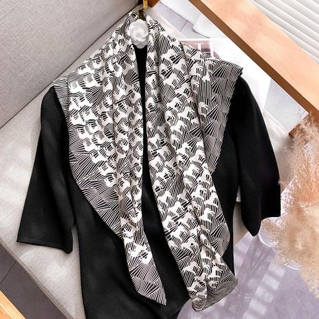 Pañuelo de seda de 90cm con mantón salvaje de corea NHCJ317841's discount tags