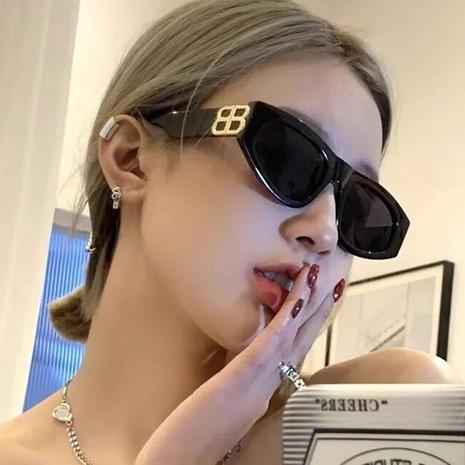 lunettes de soleil mode oeil de chat NHKD317668's discount tags