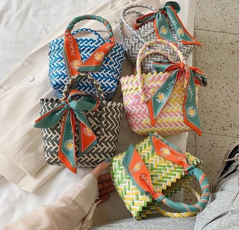Handmade woven handbags 2021 summer vegetable basket straw woven bag children's beach bag NHTG318068's discount tags