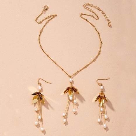 Mode Blume Gold Ohrringe Halskette Set NHAI314296's discount tags