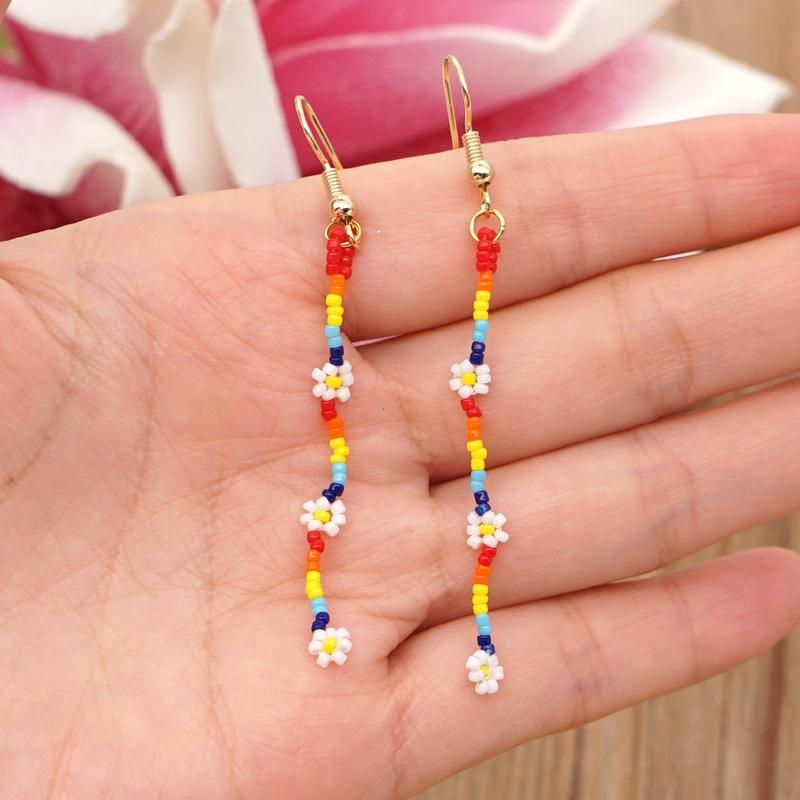 Boucles d39oreilles longues en perles de fleurs de marguerite de style bohme simple NHGW314340
