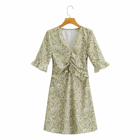 vestido estampado con cintura plisada y cuello en V con costuras de volantes NHAM314361's discount tags