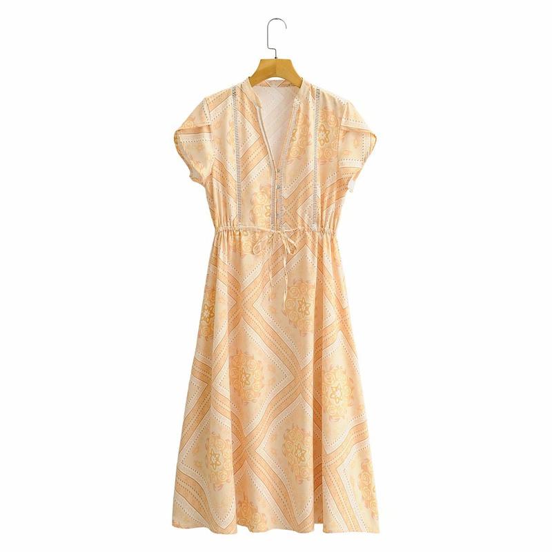 Vestido de manga corta con cuello de pico y estampado geomtrico de un solo pecho NHAM314375