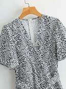 Vestido floral con cinturilla con cuello de pico NHAM314381