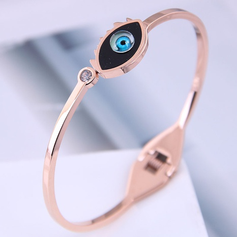 Korean Fashion Titanium Steel Concise Demon eye Bracelet NHSC314586's discount tags