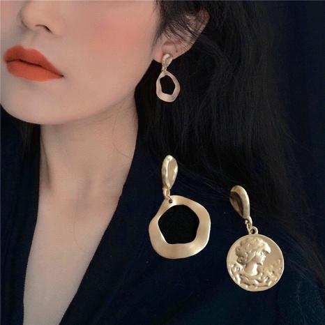 retro metal portrait asymmetrical earrings NHZU315270's discount tags