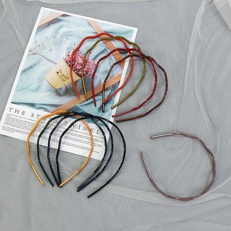 Einfaches farbiges Acrylwellen-Haarband-Set NHCU318486's discount tags