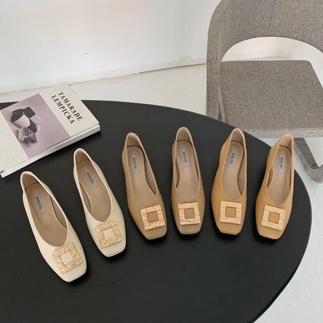 Korean new fashion thick heel metal square single shoes NHHU321931's discount tags