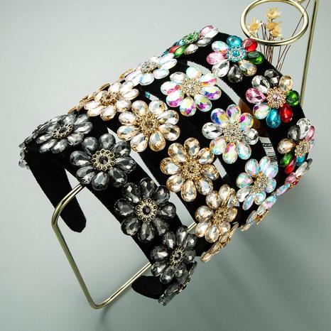 serre-tête baroque en velours de verre coloré incrusté de diamants NHLN322187's discount tags